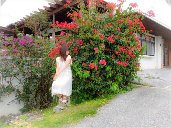 【画像】山田菜々が写真集で魅惑のランジェリー姿を大公開!!!0009manshu