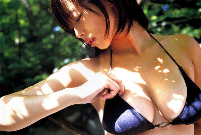 【画像】井上和香の乳とま〇このぷっくり具合が超過激wwwwwwww0016manshu