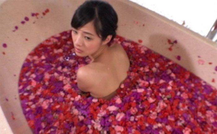 【画像】清楚系宮脇麻那とかいうグラドルが手ぶらで誘惑フェロモン全開wwww0015manshu