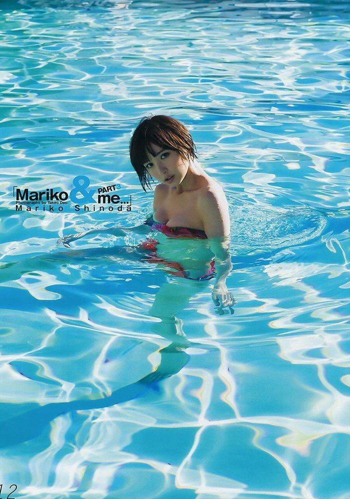 【画像】篠田麻里子さん 全盛期の水着グラビアがエロ過ぎたと話題に!完全にokazuグラビア0034manshu