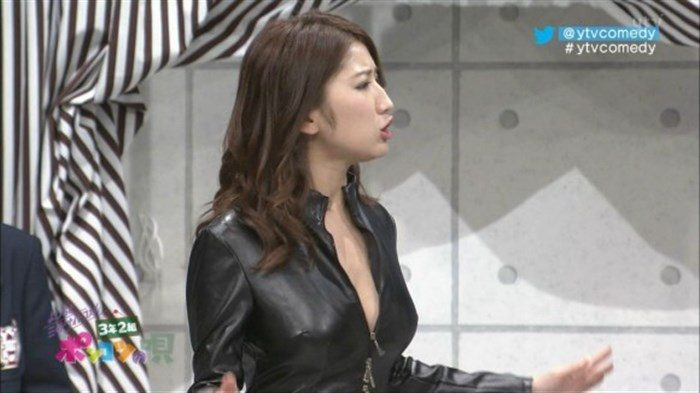 【画像】グラビアアイドル亜里沙がテレビで乳を鷲掴みされててくっそエロいwwww0104manshu