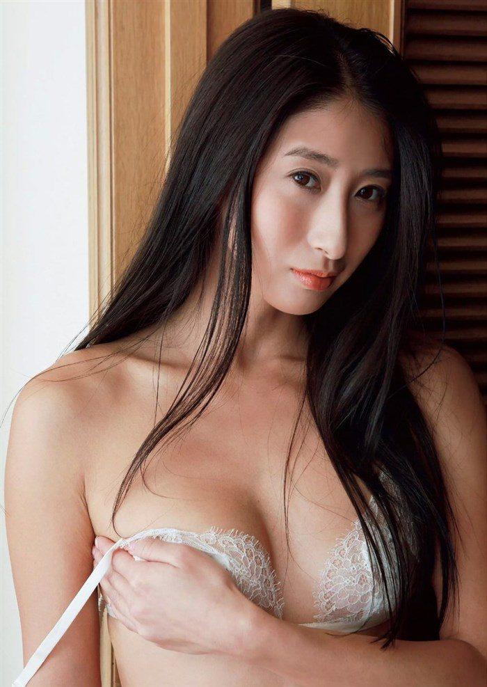 【画像】佐藤衣里子 「生尻」の破壊力がガチで半端ねえええええええええ0022manshu