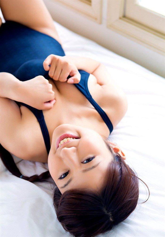 【画像】小山夏希の股間にカメラが寄り過ぎ!陰毛処理後の毛穴までwww0071manshu