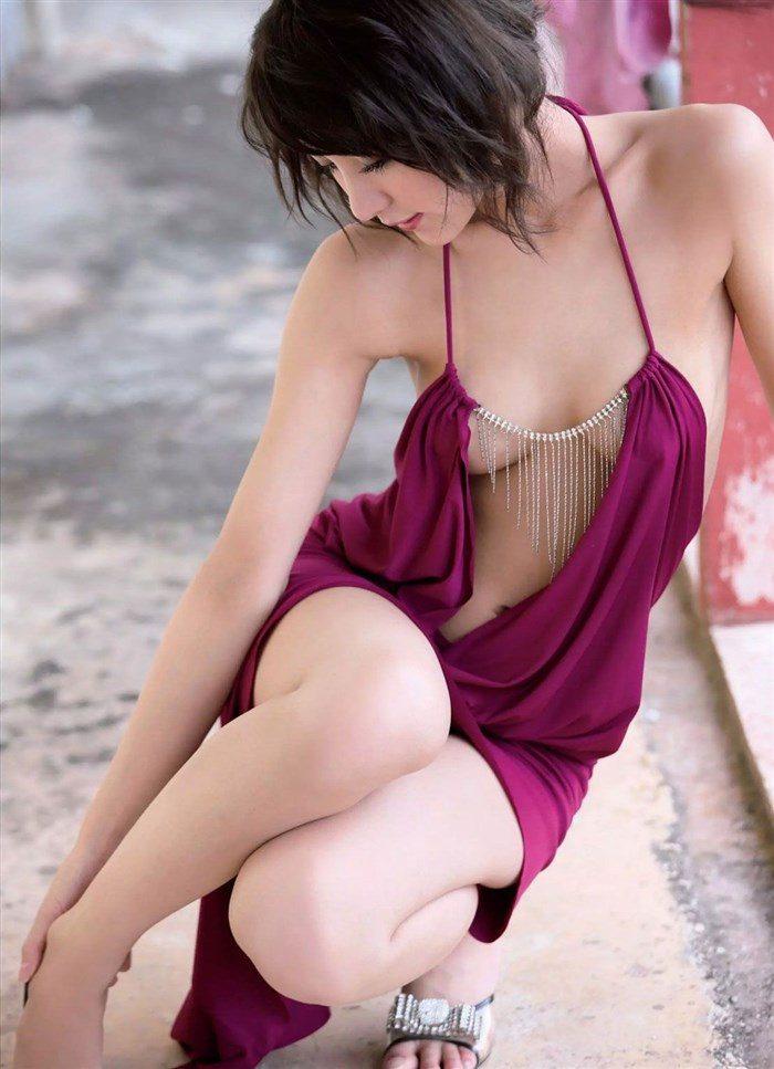 【画像】石川恋の乳首は使い込まれて黒い!?透けビーチク画像で検証!0068manshu