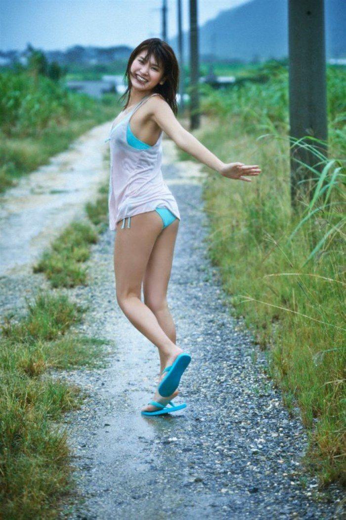 【画像】久松郁実ちゃんがヤングマガジンで青少年の股間を熱くする勃起グラビアを披露!!0069manshu