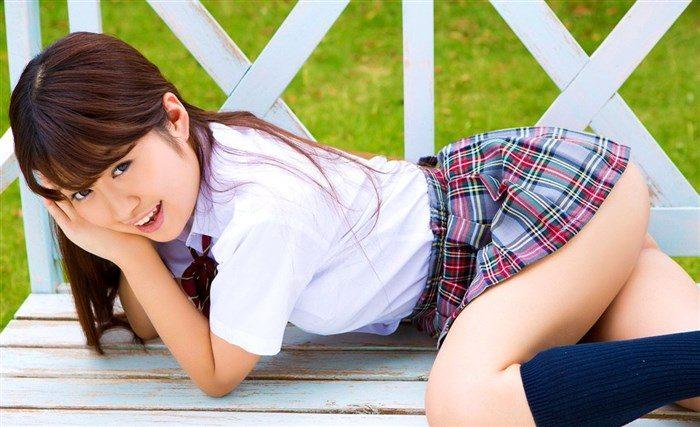 【画像】小山夏希ちゃんの実に股間迷惑なDVDキャプ!極小水着、マン肉アップ何でもありwwww0042manshu