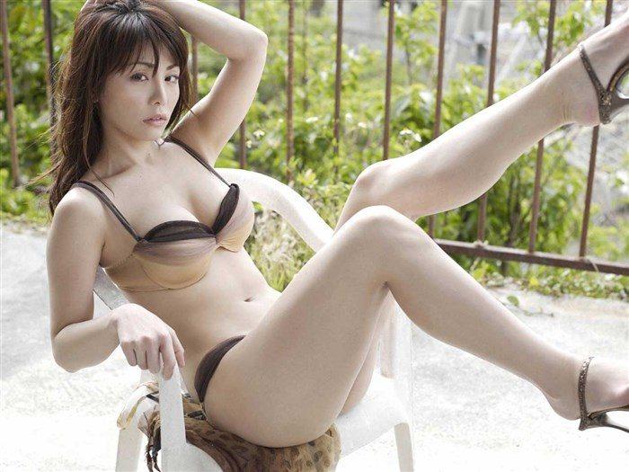 【画像】森崎友紀さん、自慢のドスケベボディで週プレ読者を魅了!!!0007manshu