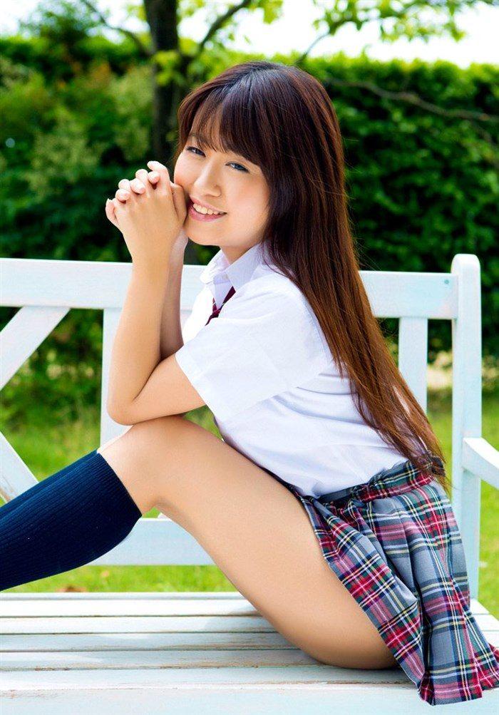 【画像】小山夏希ちゃんの実に股間迷惑なDVDキャプ!極小水着、マン肉アップ何でもありwwww0035manshu
