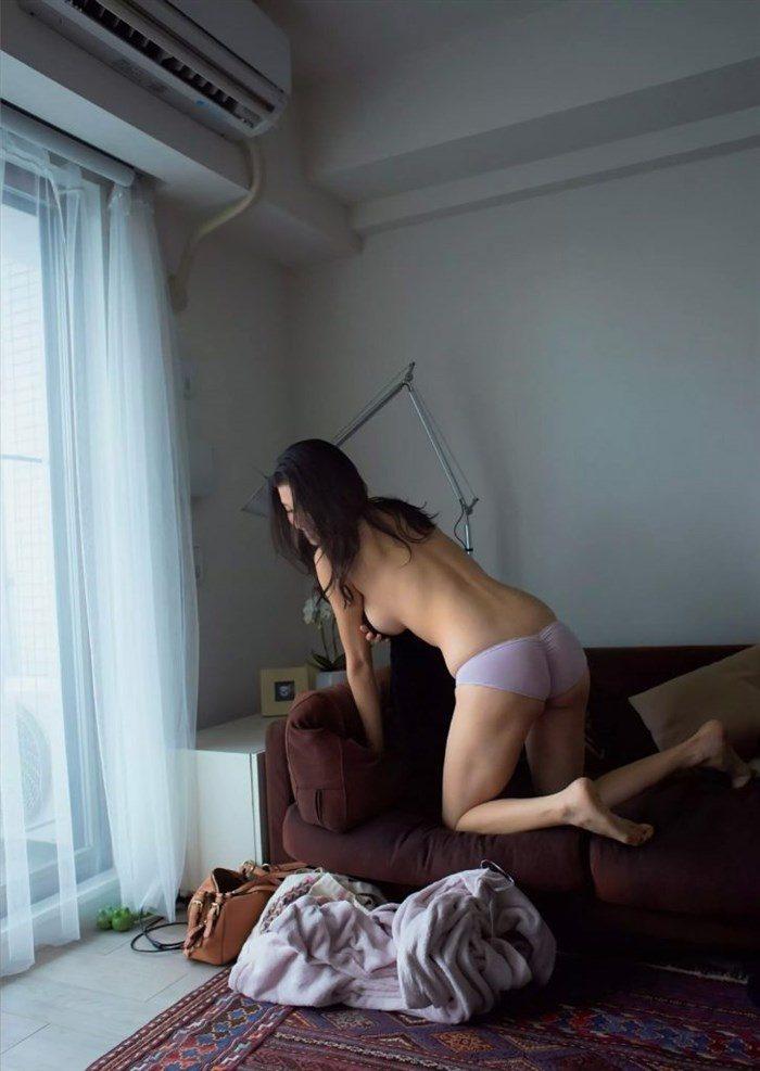【画像】橋本マナミネキ、グラビアで今にも具を晒す勢いwwwwwww0068manshu