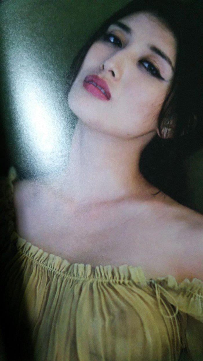 【画像】橋本マナミの高画質写真集が予想を裏切らない内容でち〇ぽ困惑0021manshu