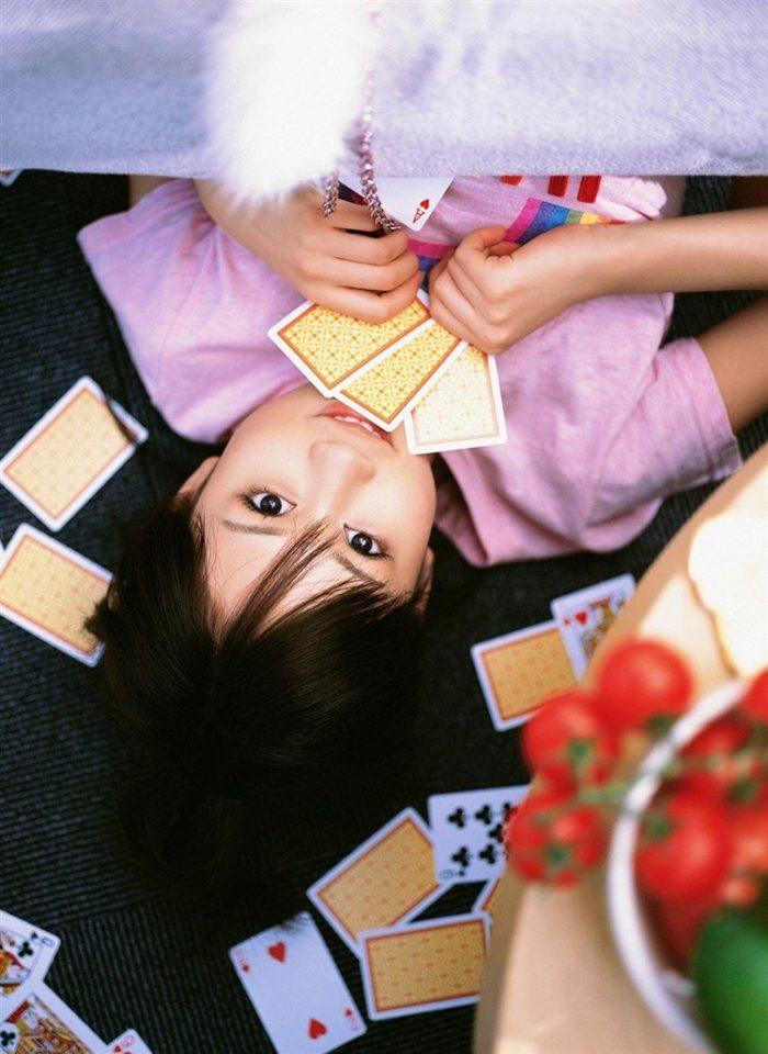 【画像】元AKB48前田敦子がちょっと可愛く見えてくるグラビア140枚まとめ0099manshu