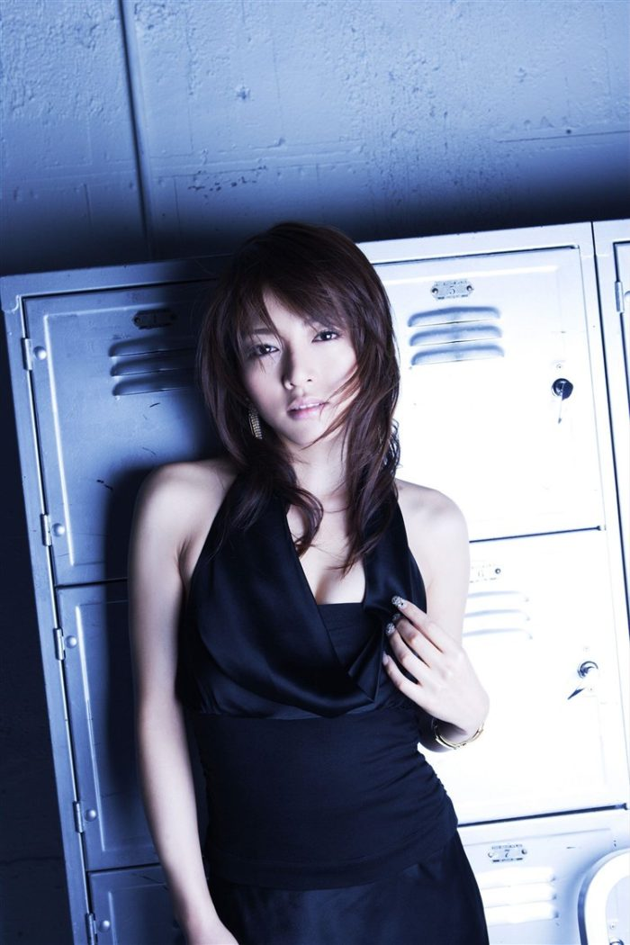 【画像】釈由美子とかいう美魔女BBAの恵体をテッシュ片手にご覧下さい0003manshu