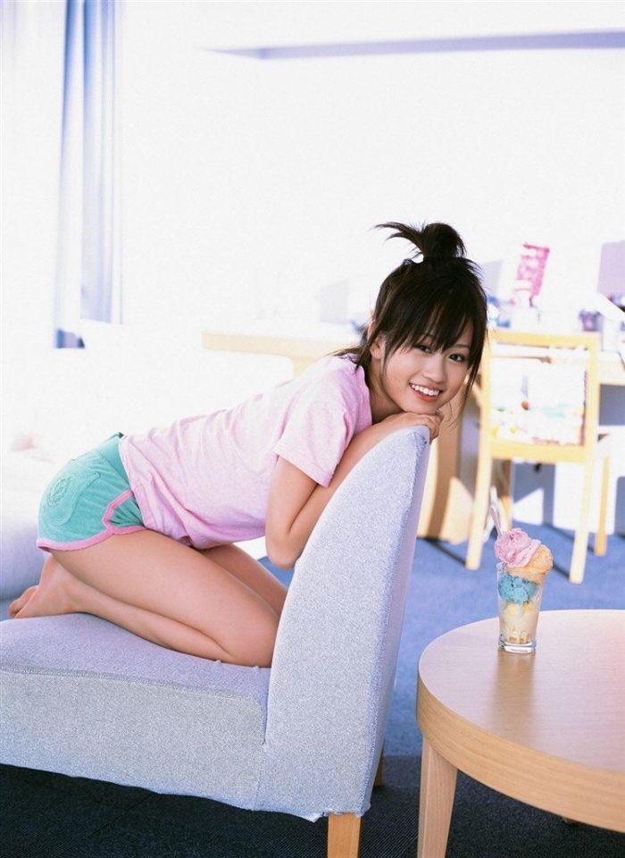 【画像】元AKB48前田敦子がちょっと可愛く見えてくるグラビア140枚まとめ0068manshu