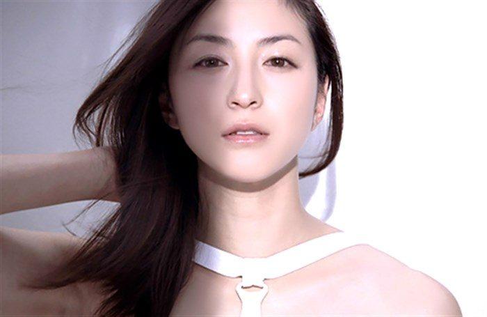 【画像】色気増した人妻・広末涼子の美乳ヌードくるうううー!!