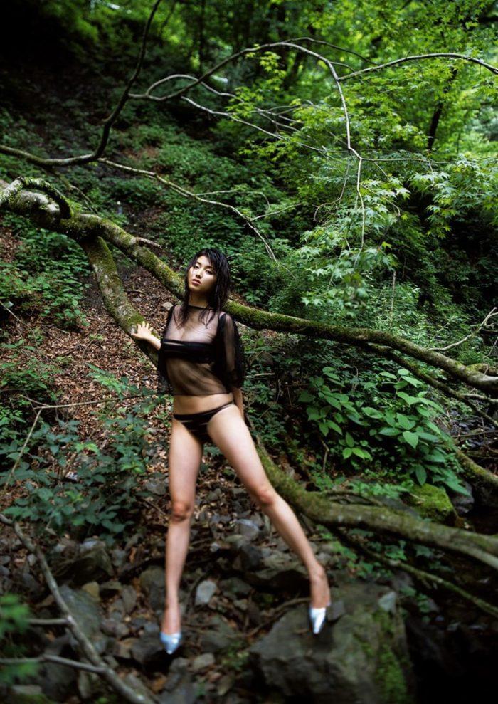 【画像】橋本マナミとかいう激エロボディのオバハン写真集wwwwwww0024manshu