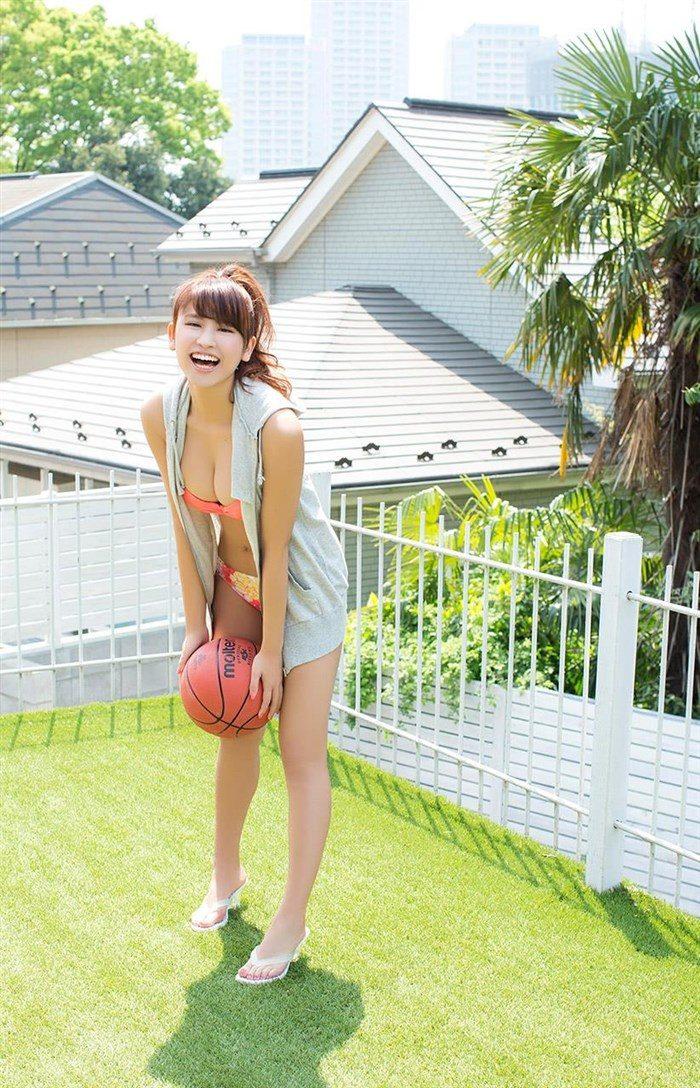 【画像】久松郁実ちゃんのドスケベボディを高画質グラビア写真集で舐めるようにwwwwwww0019manshu