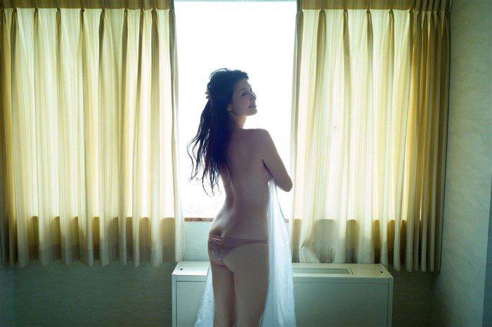 【画像】橋本マナミの高画質写真集が予想を裏切らない内容でち〇ぽ困惑0047manshu