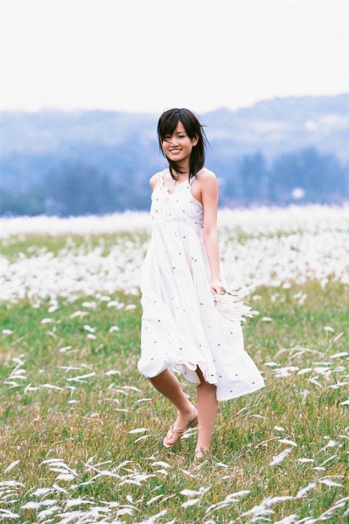 【画像】元AKB48前田敦子がちょっと可愛く見えてくるグラビア140枚まとめ0115manshu