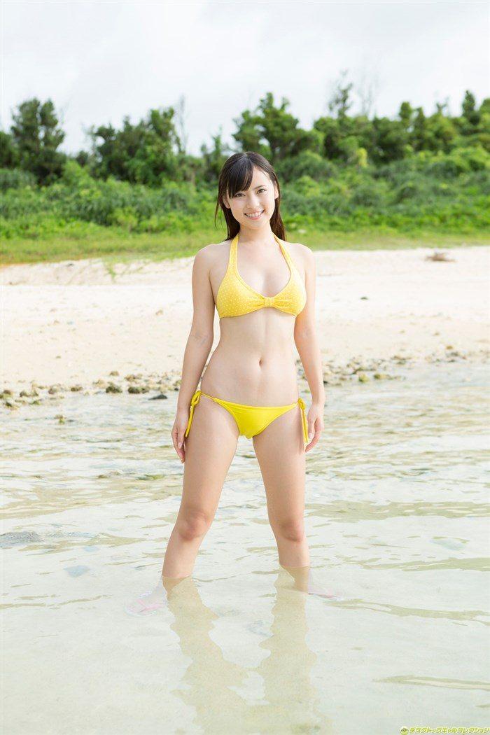 【画像】佐々木麻衣 マンスジもあらわな高画質水着グラビアを大量放出!0008manshu