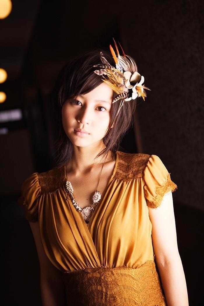 【画像】堀北真希のランジェリーグラビアが綺麗で捗り過ぎる件wwww0104manshu