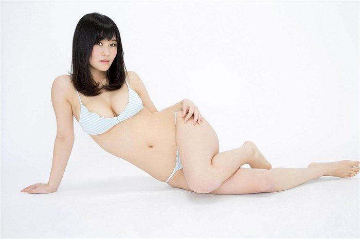 【画像】橘花凜の破廉恥すぎるミニスカOL風写真集!これは息子が黙ってない!0125manshu