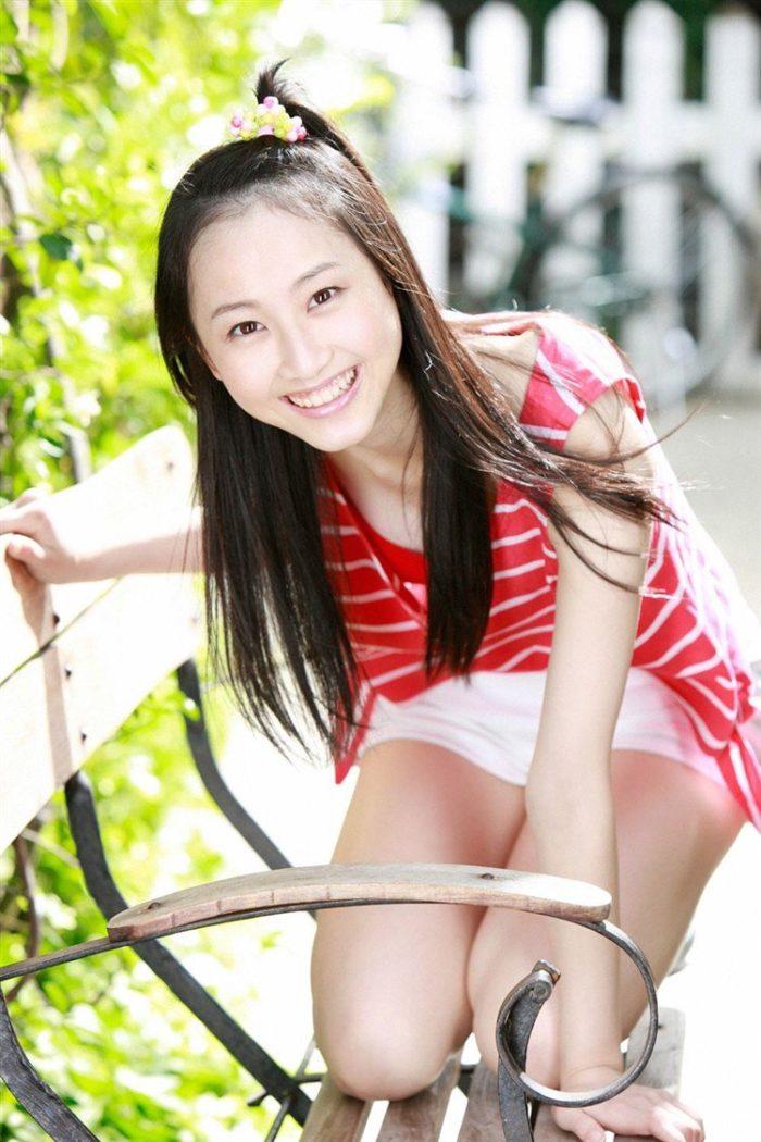 【画像】松井玲奈の生足が悩ましい微エロ高画質写真集まとめ0060manshu