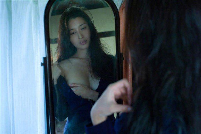 【画像】橋本マナミの高画質写真集が予想を裏切らない内容でち〇ぽ困惑0069manshu