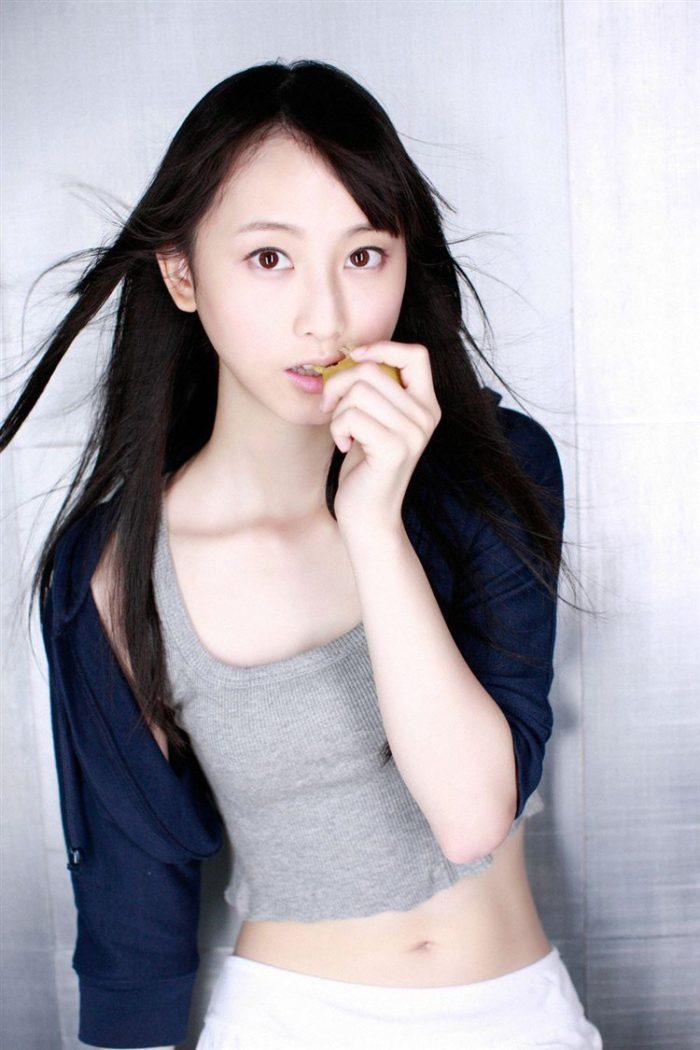 【画像】松井玲奈の生足が悩ましい微エロ高画質写真集まとめ0083manshu