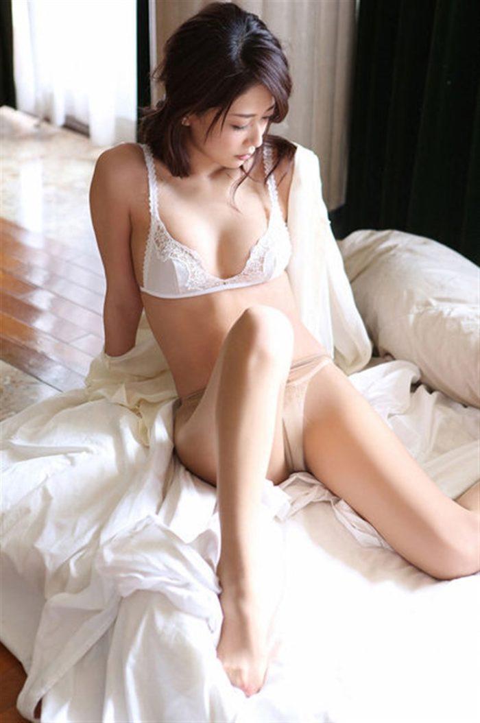 【画像】神室舞衣、週プレで「至高の女体」を披露!!!!0034manshu