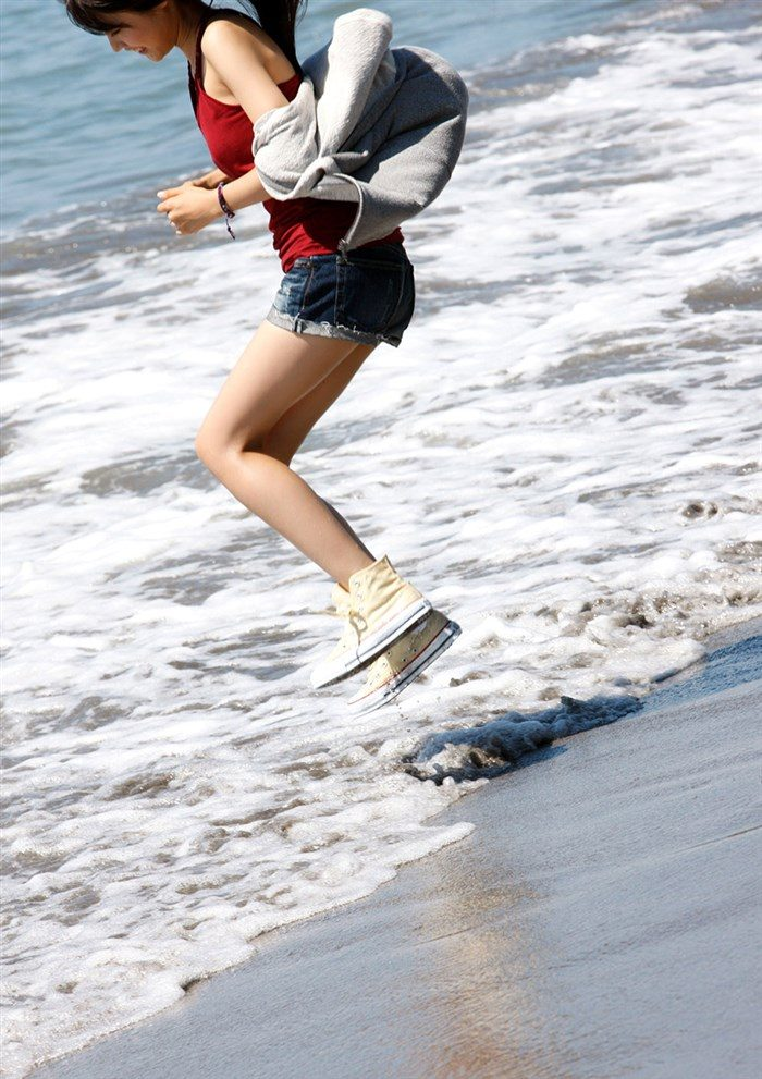 【画像】女優有村架純ちゃんの水着グラビア!!おっぱいが意外とデカいwwww0017manshu