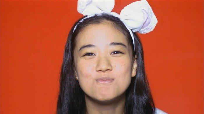 【画像】女優蒼井優の超貴重なちっぱい水着姿!!!!0018manshu