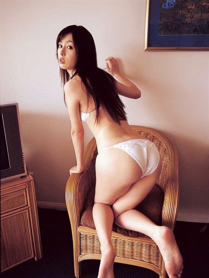 【画像】秋山莉奈の尻フェチが絶賛する過激ヒップを無料でご堪能下さい!!0002manshu