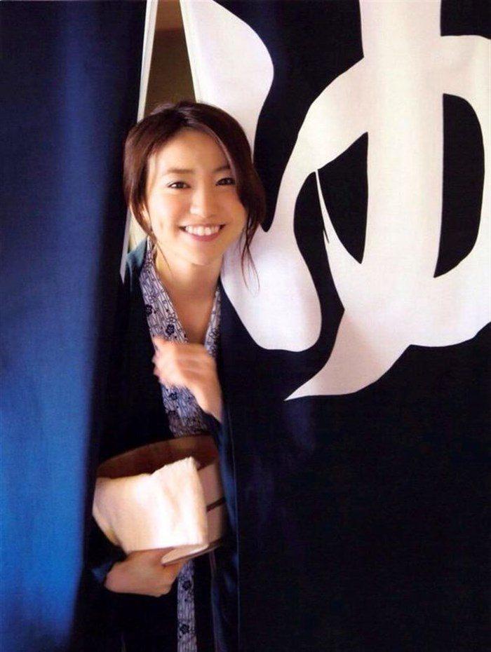 【画像】定期的におかずにしたくなる大島優子の安定感抜群なオナネタボディ!0014manshu