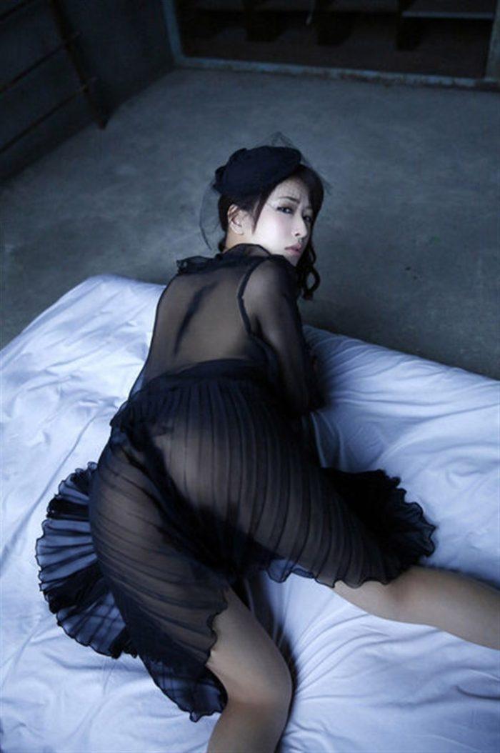 【画像】神室舞衣、週プレで「至高の女体」を披露!!!!0024manshu