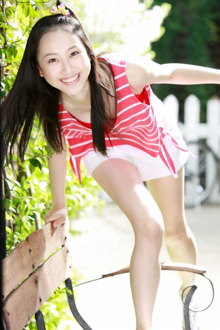 【画像】松井玲奈の生足が悩ましい微エロ高画質写真集まとめ0057manshu
