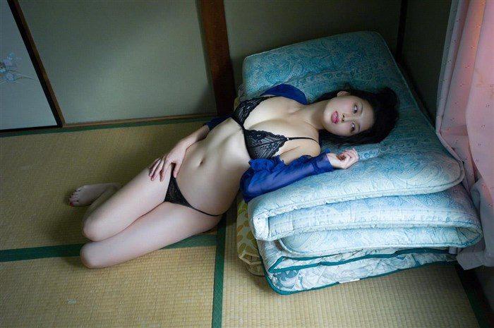 【画像】橋本マナミの高画質写真集が予想を裏切らない内容でち〇ぽ困惑0060manshu