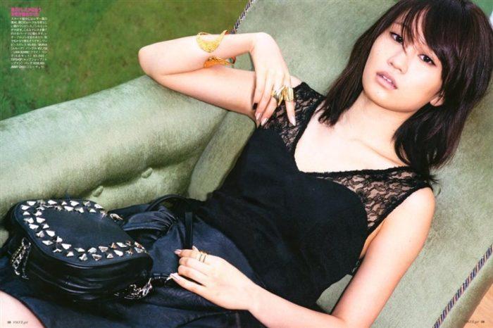 【画像】元AKB48前田敦子がちょっと可愛く見えてくるグラビア140枚まとめ0141manshu