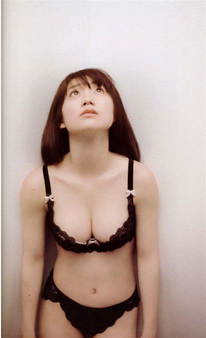 【画像】定期的におかずにしたくなる大島優子の安定感抜群なオナネタボディ!0020manshu