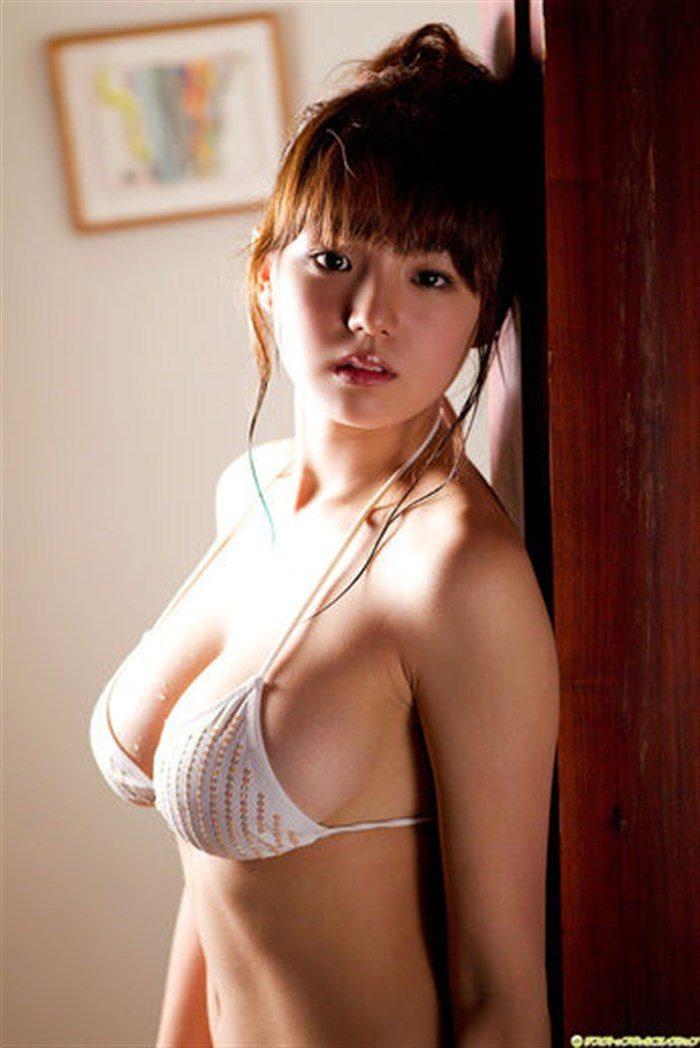【画像】篠崎愛のたわわ過ぎて垂れ下がったドスケベおっぱいの破壊力wwww0009manshu