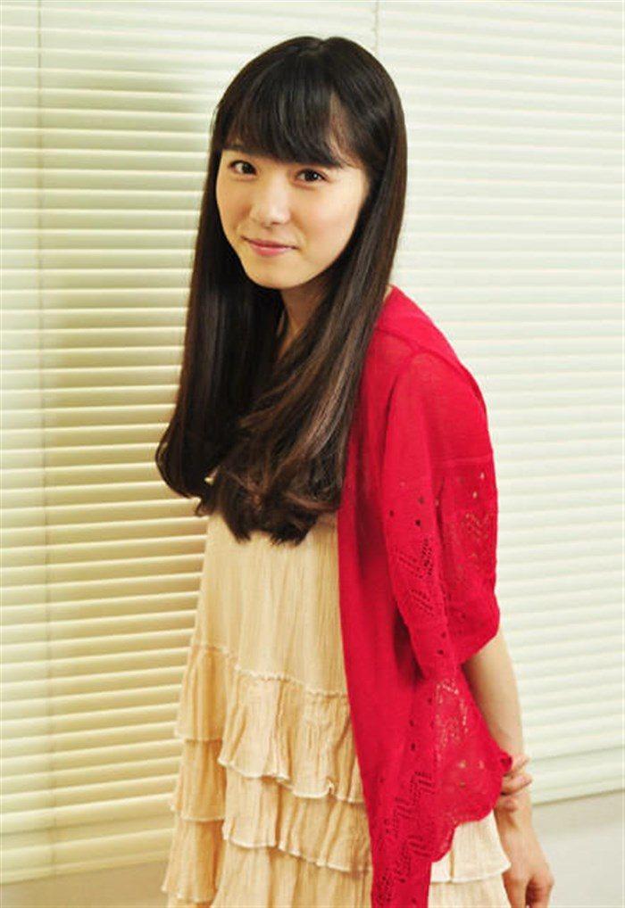 【画像】松岡茉優の推定Dカップの着衣おっぱいが地味にエロい!!0008manshu