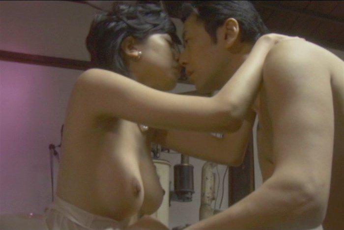 【画像】宮地真緒の全裸ヌード!ビーチク綺麗過ぎるだろ…。0008manshu