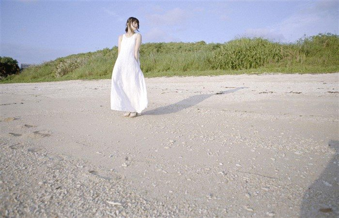 【画像】貫地谷しほり さんの清潔感溢れる微エログラビアまとめ0067manshu